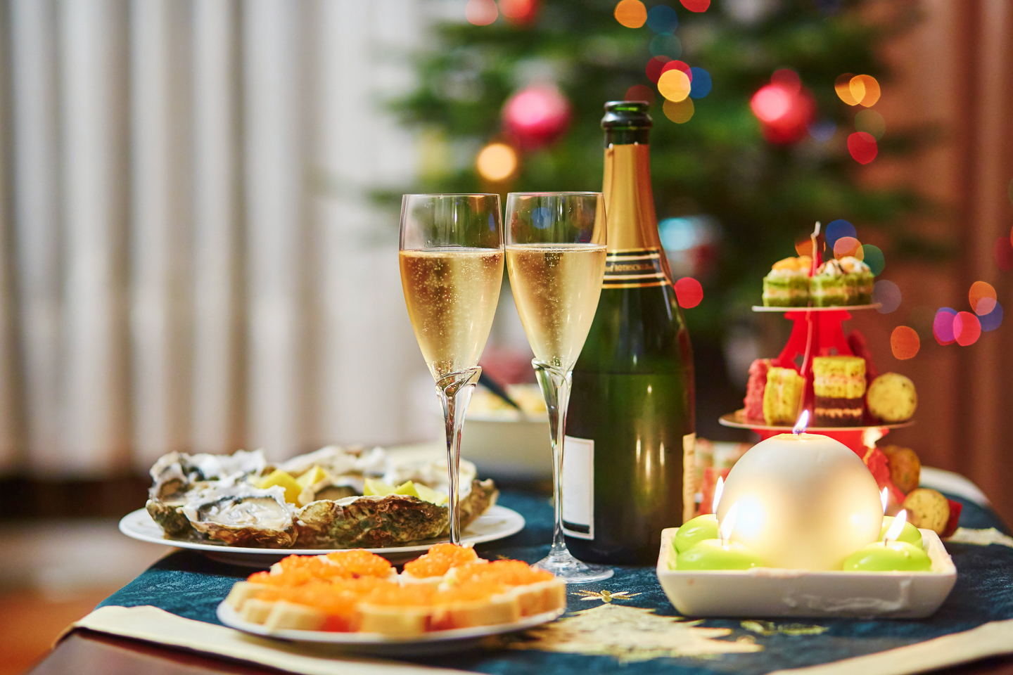 Traditional Christmas Dishes French Dreamstime L 76973274